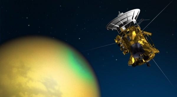 \»Кассини\» завершил работу с Титаном