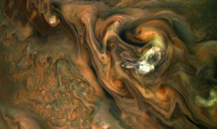 Космический аппарат NASA «Юнона» показал новый снимок Юпитера