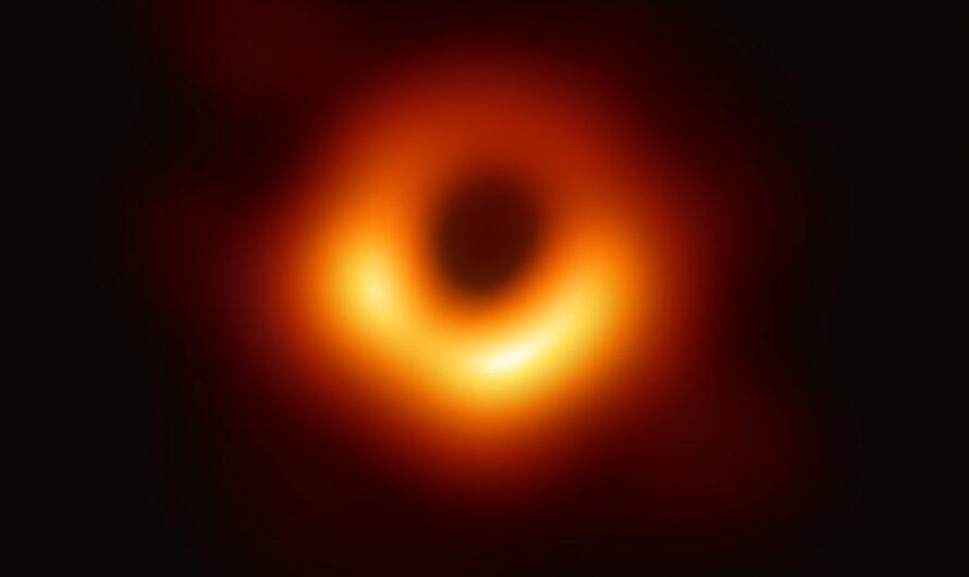 Что скрывает первый в истории человечества снимок черной дыры?
