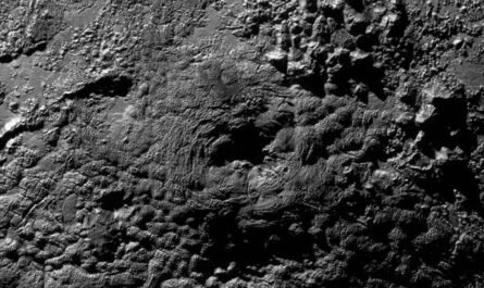 Горы на Плутоне