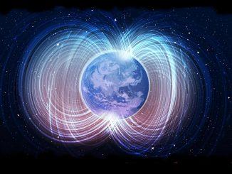 Северный магнитный полюс Земли смещается