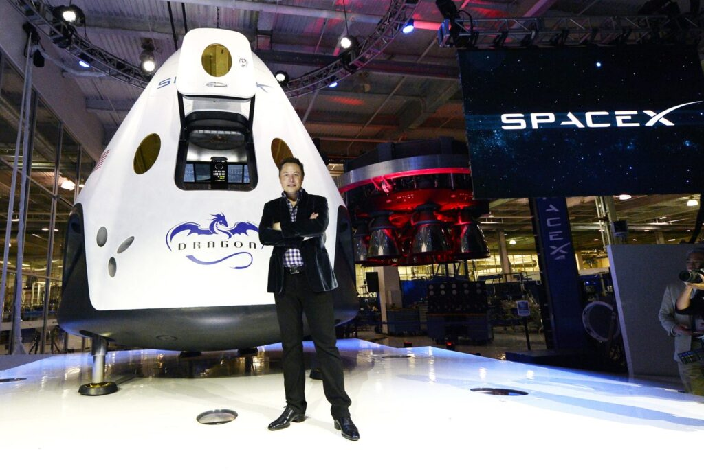 Великий Илон Маск: очередной успех SpaceX
