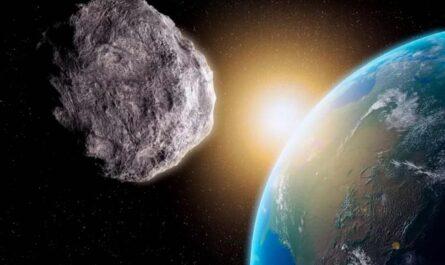 Рядом с Землей, мимо спутников связи, пролетел небольшой астероид