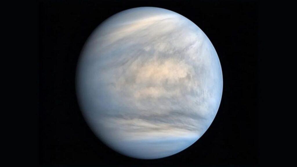 Более трех миллиардов лет Венера была похожа на Землю и даже могла быть обитаемой