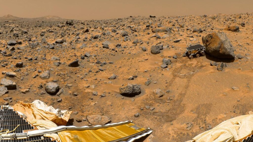 Четыре места в Солнечной системе, где может скрываться внеземная жизнь