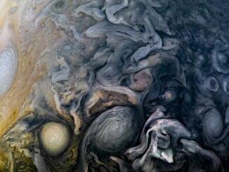 """Шестнадцатый полет NASA """"Юнона"""" над Юпитером"""