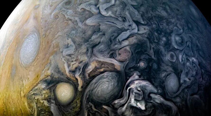 Шестнадцатый полет NASA «Юнона» над Юпитером