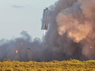 "Прототип космического корабля SpaceX Starship SN5 успешно ""прыгнул"" на 150 метров"