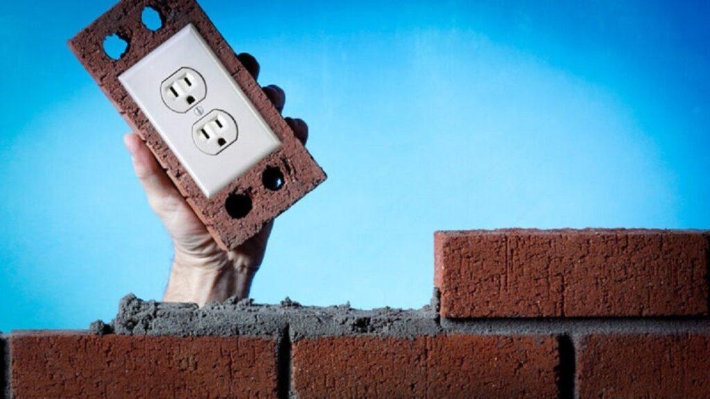 Ученые превратили строительные кирпичи в батареи