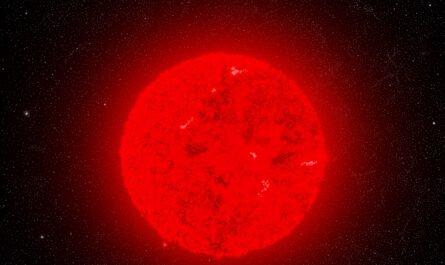 Самая большая звезда в известной Вселенной