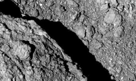 """Миссия """"Хаябуса-2"""": Самый детальный снимок поверхности Рюгу"""