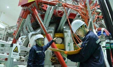 """Китай запустил термоядерный реактор HL-2M """"искусственное Солнце"""""""