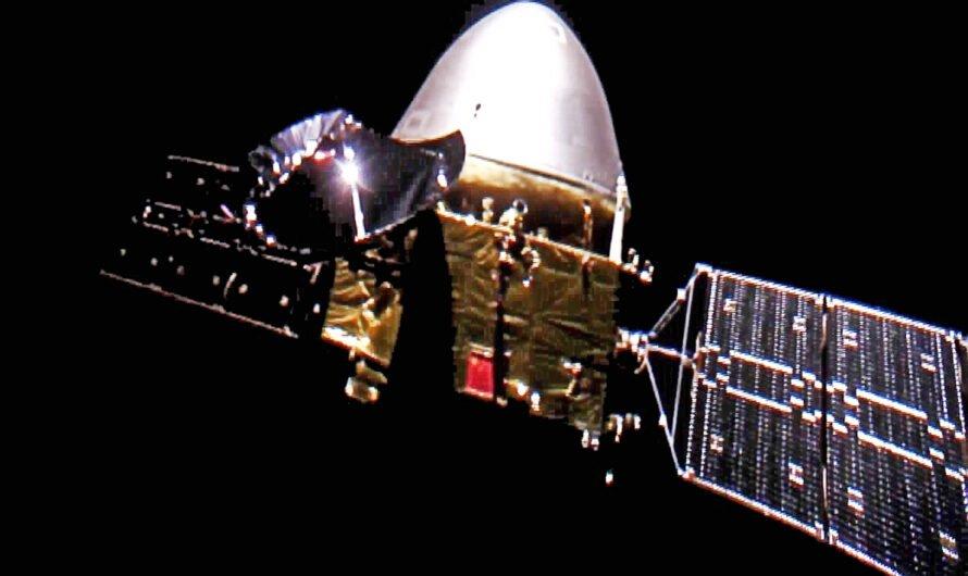 Китайский космический аппарат Tianwen-1 прислал видео с орбиты Марса