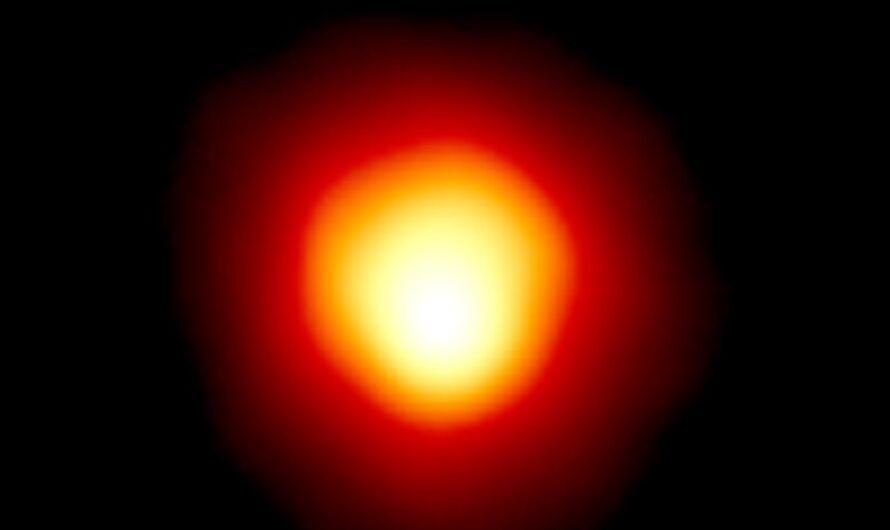 Астрономы узнали, что вызвало таинственное потускнение Бетельгейзе