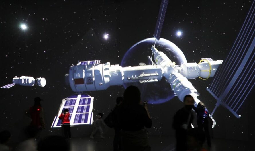 Китай вывел на орбиту первый модуль новой космической станции Tiangong-3