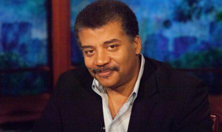 Астрофизик Нил Деграсс Тайсон объяснил почему он убежден, что Бога нет