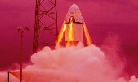 SpaceX успешно тестирует систему аварийного спасения экипажа корабля Crew Dragon