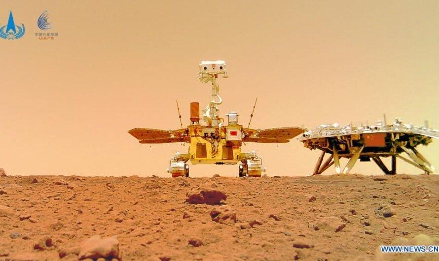 Китай опубликовал новые фотографии с поверхности Марса