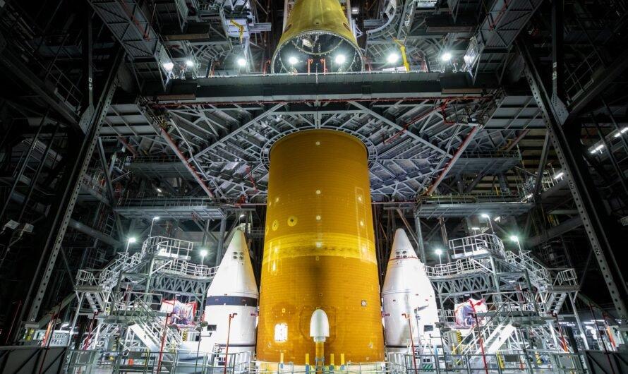 NASA завершило сборку ракеты SLS для миссии на Луну