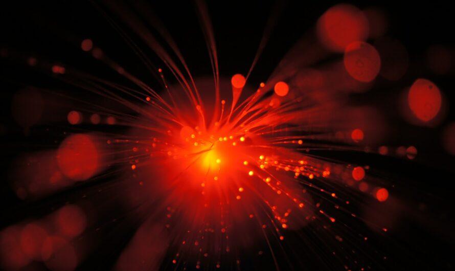 Что бы вы увидели, если бы двигались со скоростью света?